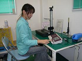 (株)ミツトヨ製 小形表面粗さ測定機
